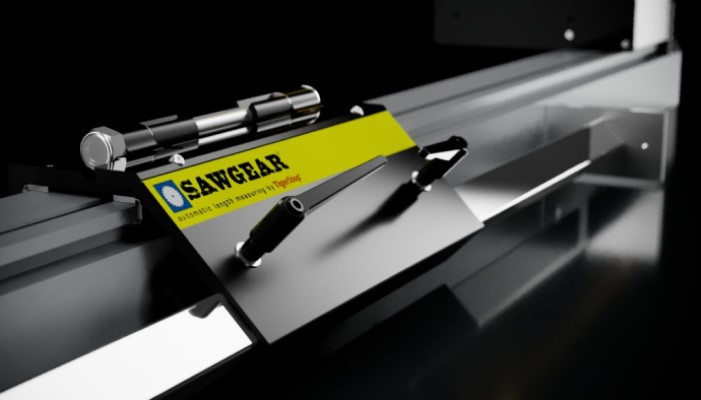 tom-silva-uses-sawgear-automatic-measuring-tigerstop-feature