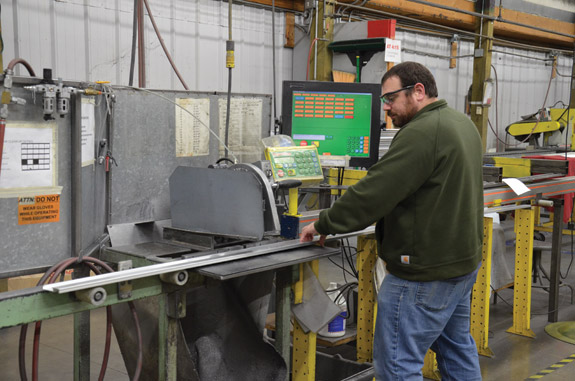 automated-cutting-technology-keeps-pace-and-quality-tigerstop