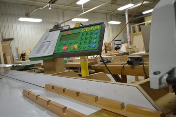 premier-manufacturing-radial-arm-saw-fence-stop-tigerstop