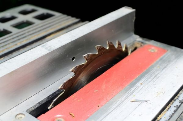 tigerstop-why-reduce-scrap-when-its-so-easy-to-make-dull-saw