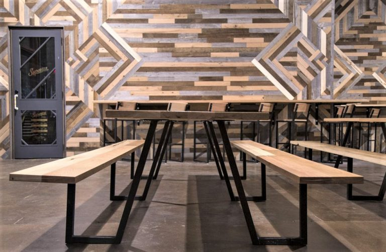lamon-luthers-reclaimed-wood-furniture-helps-homeless-reclaim-lives-tigerstop