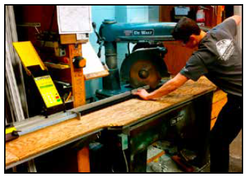 automate-dewalt-radial-arm-tigerstop-sawgear